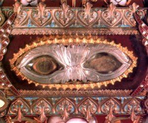 Sainte-Roseline-reliquiario occhi