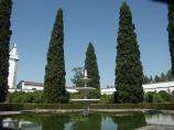fontana con la statua di N.S. di Fatima