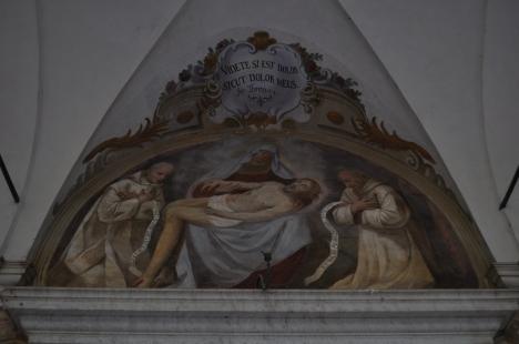 """Mater misericordiae, Tu nos ab hoste protege et hora mortis suscipe"""" (Maria, Madre di Grazia, Madre di Misericordia, proteggici dal nemico ed accoglic"""