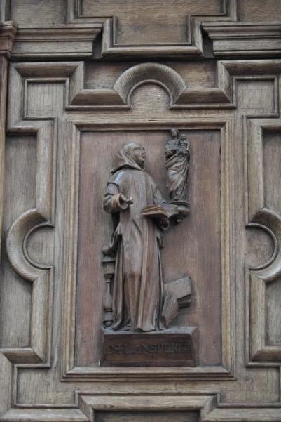 Laon_Notre-Dame_Pulpit_321