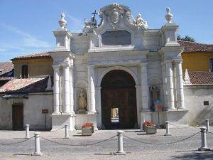 Portale monumentale