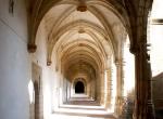 13-corridoio-con-arcate