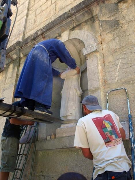 installazione statue