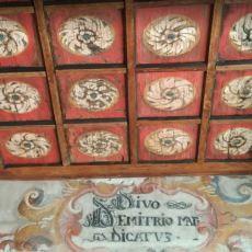 soffitto con iscrizione